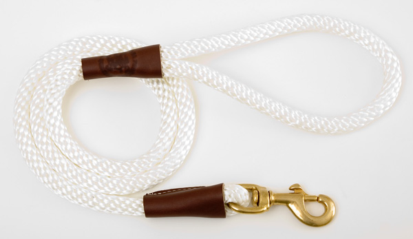 "Mendota Pet Snap Leash: White, 1/2"" x 4'"
