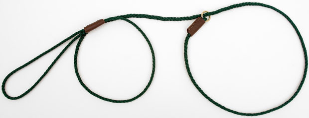 "Mendota British Show Slip Lead: Green, 1/8"" X 54"""