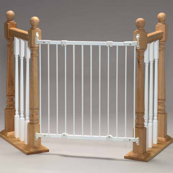 "Kidco Angle Mount Safeway Wall Mounted Pet Gate White 28"" - 42.5"" x 31"""