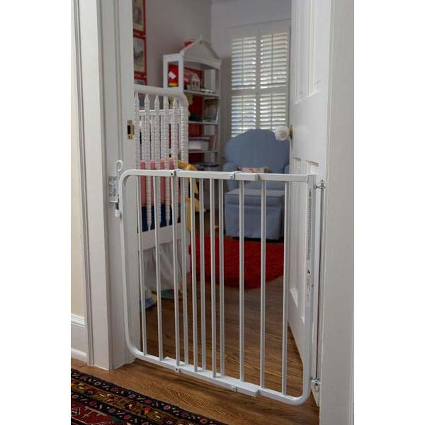"Cardinal Gates Auto Lock Hardware Mounted Dog Gate White 26.5"" - 40.5"" x 1.5"" x 29.5"""