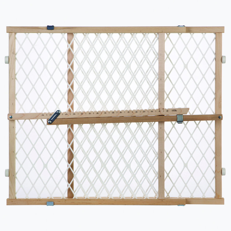 "North States Easy Adjust - Diamond Mesh Pet Gate White, Wood 26.5"" - 42"" x 23"""