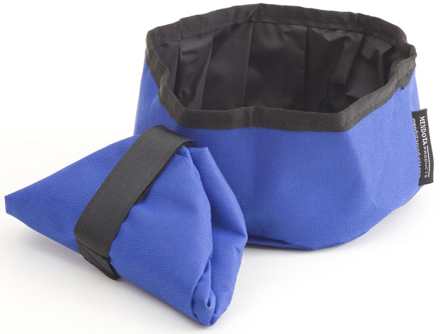 Mendota Pet Collapsible Water Bowl: Blue