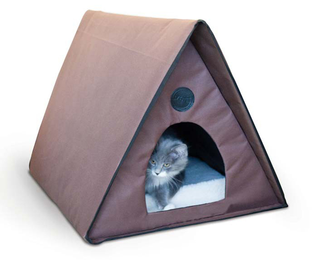 "K&H Pet Products Outdoor Heated Kitty A-Frame: Chocolate, 35"" x 20.5"" x 20"""