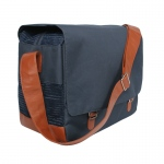 Bark N Bag Outback Messenger: Navy
